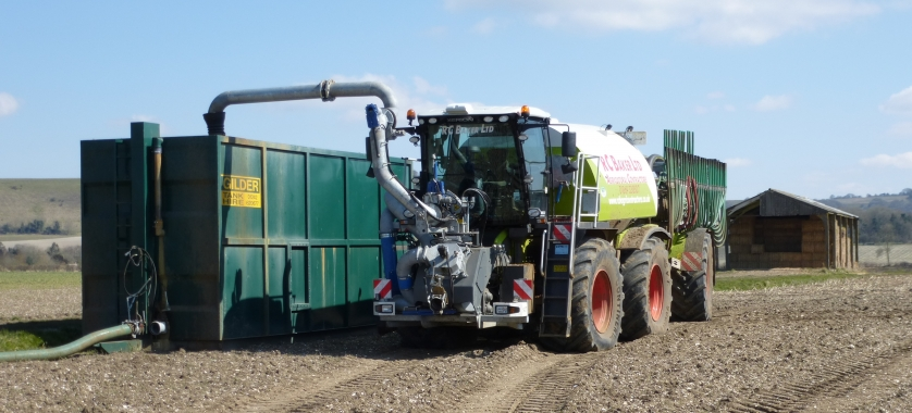 Saddletrac Tanker