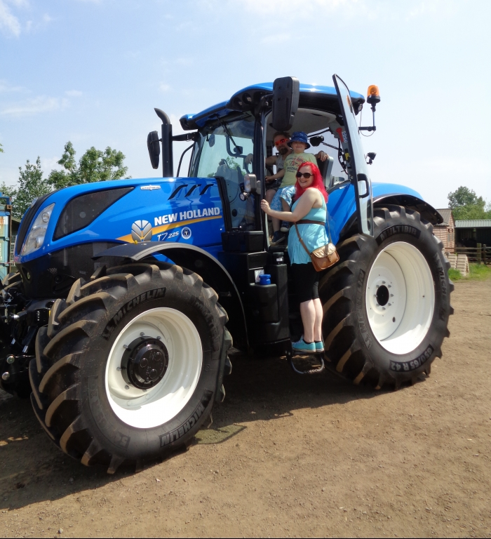 Many thanks to Turney's for letting us have a new T7 New Holland on display for the day