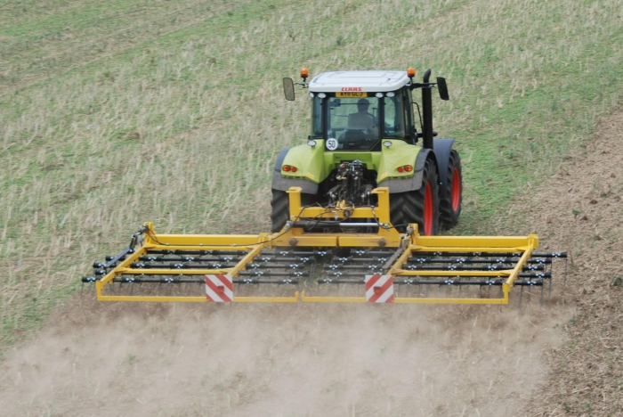 The 7.5 Claydon Straw Harrow