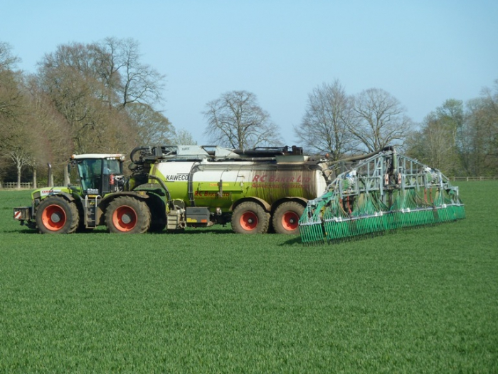 Slurry tanker March 2012