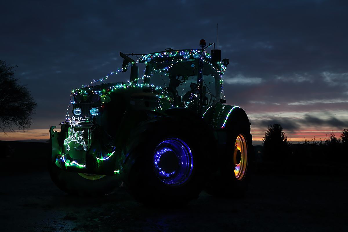 Christmas Tractor Run - Photo 1